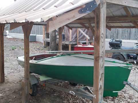 Chrysler Mutineer 15 sailboat