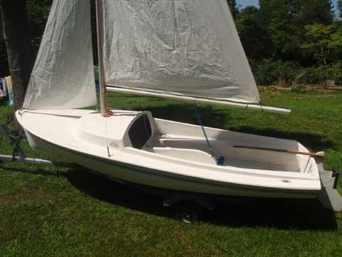 O'Day Day Sailer 17, 1977 sailboat