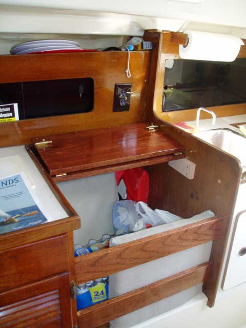 Pearson 28-1, 1980 sailboat