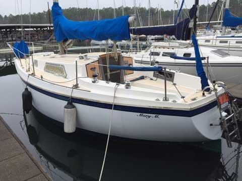 PEARSON 28, 1976 sailboat
