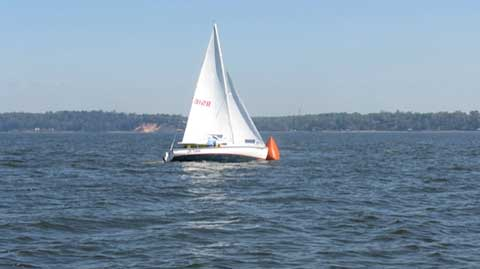 Rhodes 19, 1978 sailboat