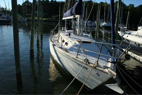 S2 11.0A, 1984 sailboat