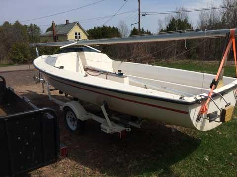 S2 5.5, 1982 sailboat