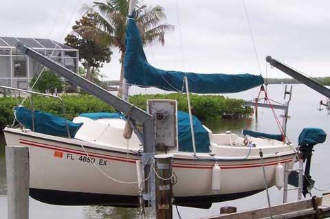 Sanibel 18, 1987 sailboat