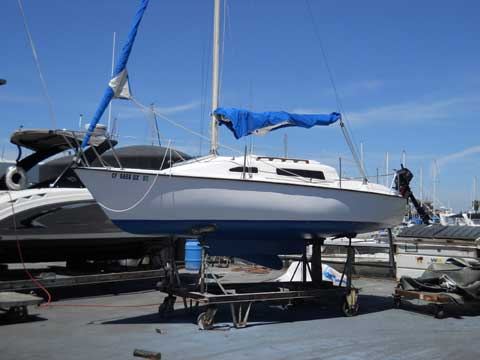 Spindrift 22, 1985 sailboat