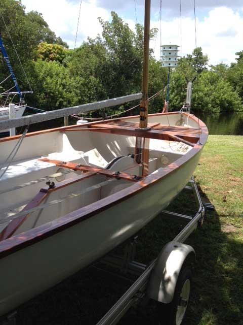 Thistle, 17', 1970s sailboat