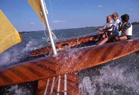 Trimaran 25 sailboat