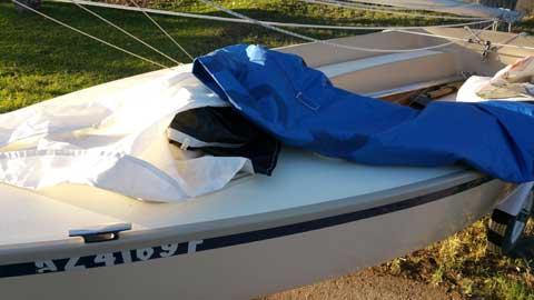 VAGABOND HOLDER 14 1980 sailboat