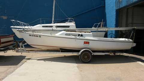 Venture 21, 1971 sailboat