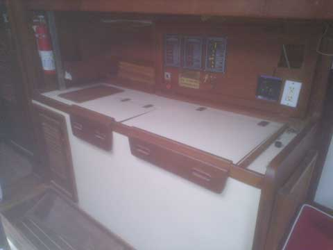 Wylie Design, 38ft., 1987 sailboat