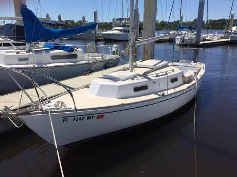 Allied Greenwich 24', 1971 sailboat