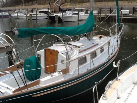 Bristol 32', 1975 sailboat