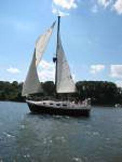 Bayliner Buccaneer 305, 1975 sailboat