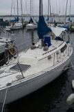 1982 Cal 31 sailboat