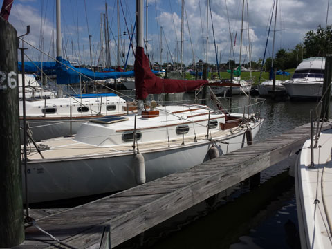 Cape Dory 27, 1982 sailboat