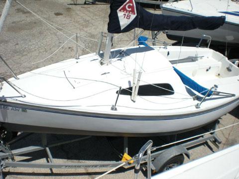 Catalina Capri 18 ft, 2005 sailboat