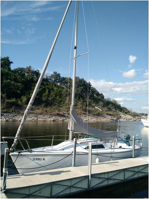 Catalina Capri 22, 1997 sailboat