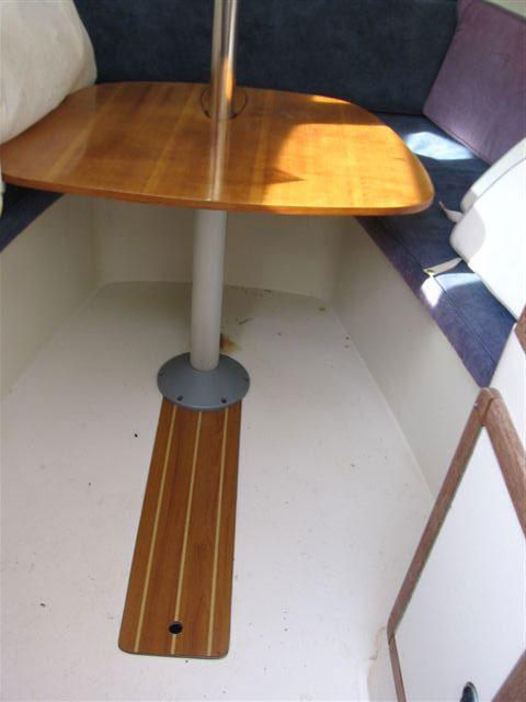 Catalina 2500 wing keel, 2003 sailboat