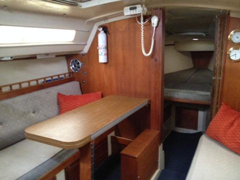 Catalina 25 swing keel, 1987 sailboat