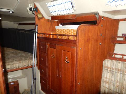 Catalina 30 Tall Rig, 1983 sailboat