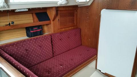 Catalina 30 MKII (Wing keel), 1989 sailboat