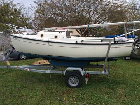 Compac 16', 1984 sailboat