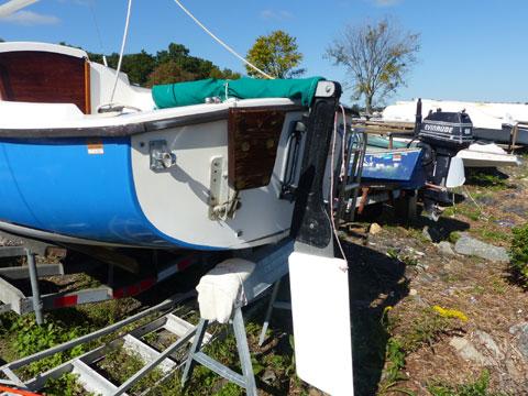 Compac 16, 1982 sailboat
