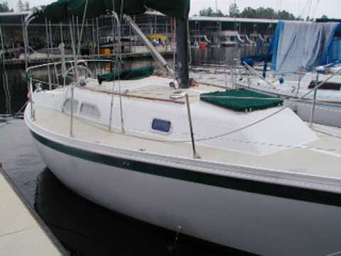 Ericson 28 ft., 1981 sailboat