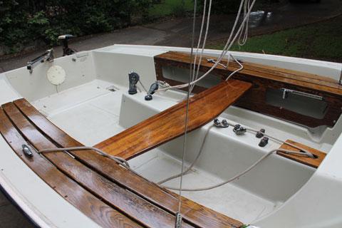 Boston Whaler Harpoon 5.2, 1979 sailboat
