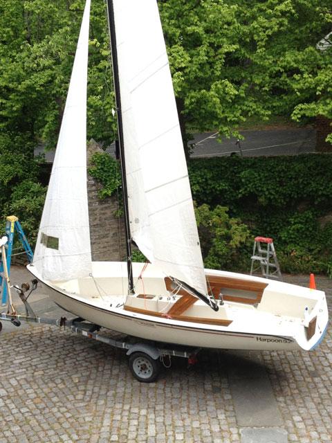Boston Whaler Harpoon 5.2, 1980 sailboat