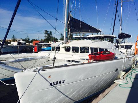 Lagoon, 410 S2, 2004 sailboat
