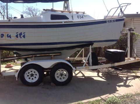 Montgomery 17, 1992 sailboat