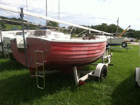 Montgomery 17', 1977 sailboat