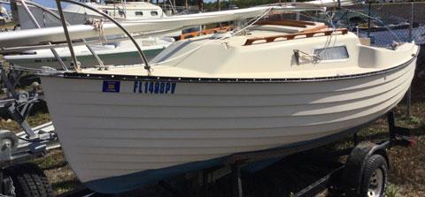 Montgomery 17, 1980 sailboat
