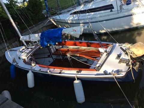 Pearson Ensign 22', 1962 sailboat