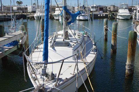 Pearson 35, 1977 sailboat