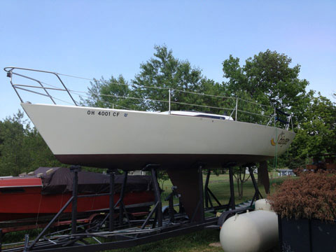 Doug Peterson design Pinnacle 29, 1987 sailboat