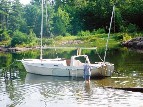 Edey and Duff Shearwater 28 cat yawl, 1996 sailboat