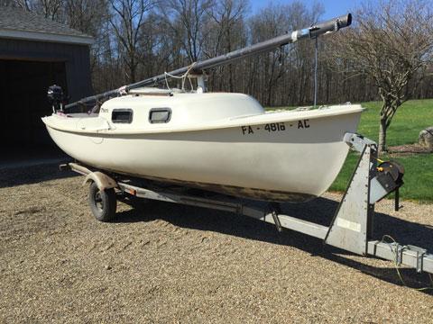 Spindrift One design Mariner 19, 1981 sailboat