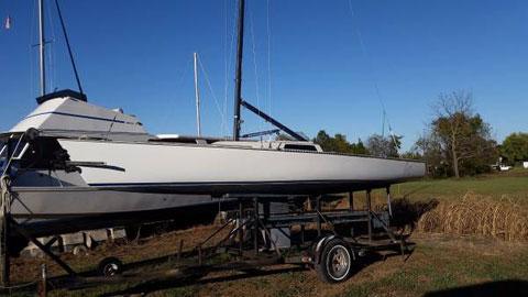 Wylie Wabbit 24', 1985 sailboat