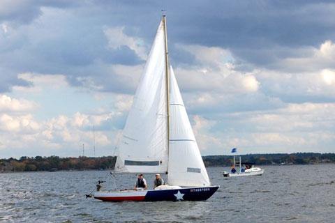 O'Day Yngling, 1970 sailboat