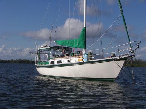 Aloha 32, 1983 sailboat