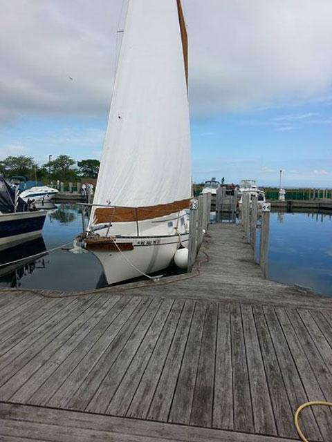 Bayfield 25, 1981 sailboat