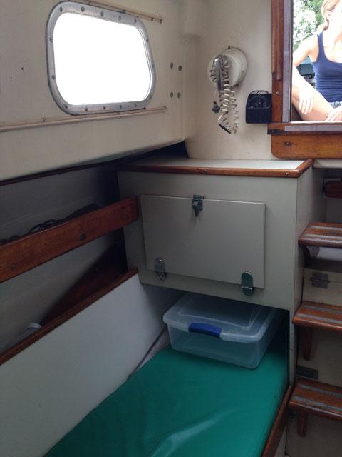 Bristol 27, 1966 sailboat