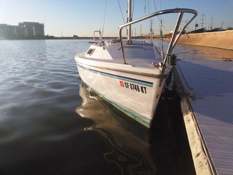 Catalina 16', 2000 sailboat