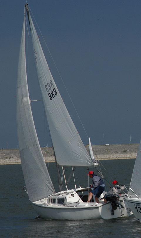Catalina 22, 1970 sailboat
