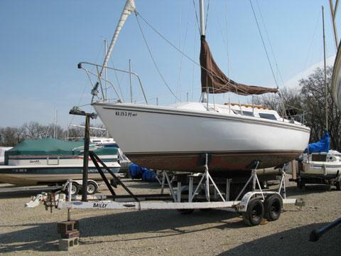 Catalina 25, 1983 sailboat