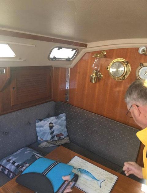 Catalina 30, 1989 sailboat