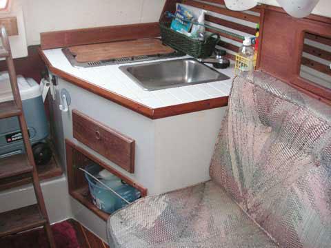 Classic Yachts 26', 1993 sailboat