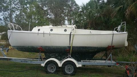 Com-Pac 23', 1982 sailboat